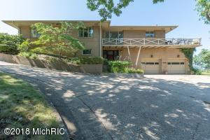 3406 W Marquette Woods Road, Stevensville, MI 49127
