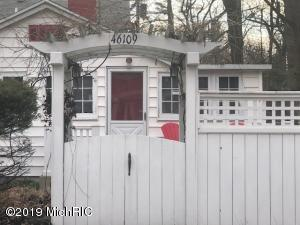 46109 Royal Avenue, New Buffalo, MI 49117