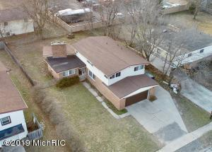 910 Elizabeth Court, Mount Pleasant, MI 48858