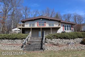 6222 E Carrigan Drive, Newaygo, MI 49337