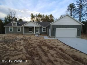 6700 Blue Lake Road, Twin Lake, MI 49457
