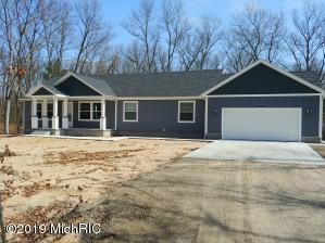 6816 Blue Lake Road, Twin Lake, MI 49457