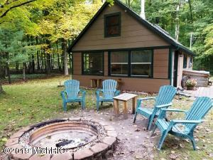 8566 16 Mile Road, Bitely, MI 49309