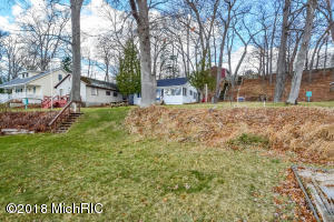 7798 Old Channel Trail, Montague, MI 49437