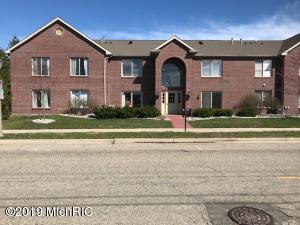322 Pere Marquette Drive 1, Lansing, MI 48912