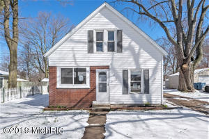 Property for sale at 707 E Main Street, Middleville,  Michigan 49333