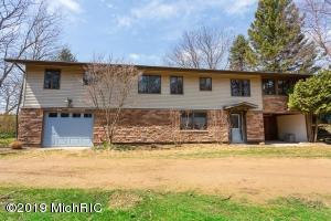1144 Edgewater Terrace, South Haven, MI 49090