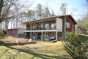 5091 Pine Drive, Barryton, MI 49305