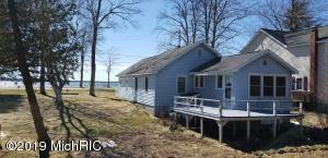 13723 Lakeside Avenue, Bear Lake, MI 49614