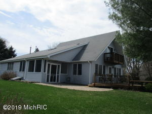 1515 W Chilberg Road, Scottville, MI 49454