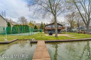 15176 Birch Lake Shore Drive, Vandalia, MI 49095