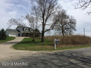 533 62 nd Street, South Haven, MI 49090