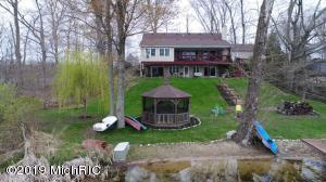 58330 Smith Lake Drive, Dowagiac, MI 49047