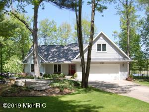 9320 Taylors Turn, Canadian Lakes, MI 49346