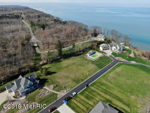 7286 Beverly Drive, #20, South Haven, MI 49090