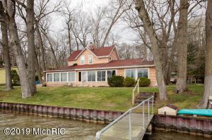 363 S Gull Lake Drive, Richland, MI 49083