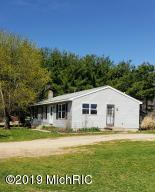 16580 TRUFANT Avenue NE, Sand Lake, MI 49343