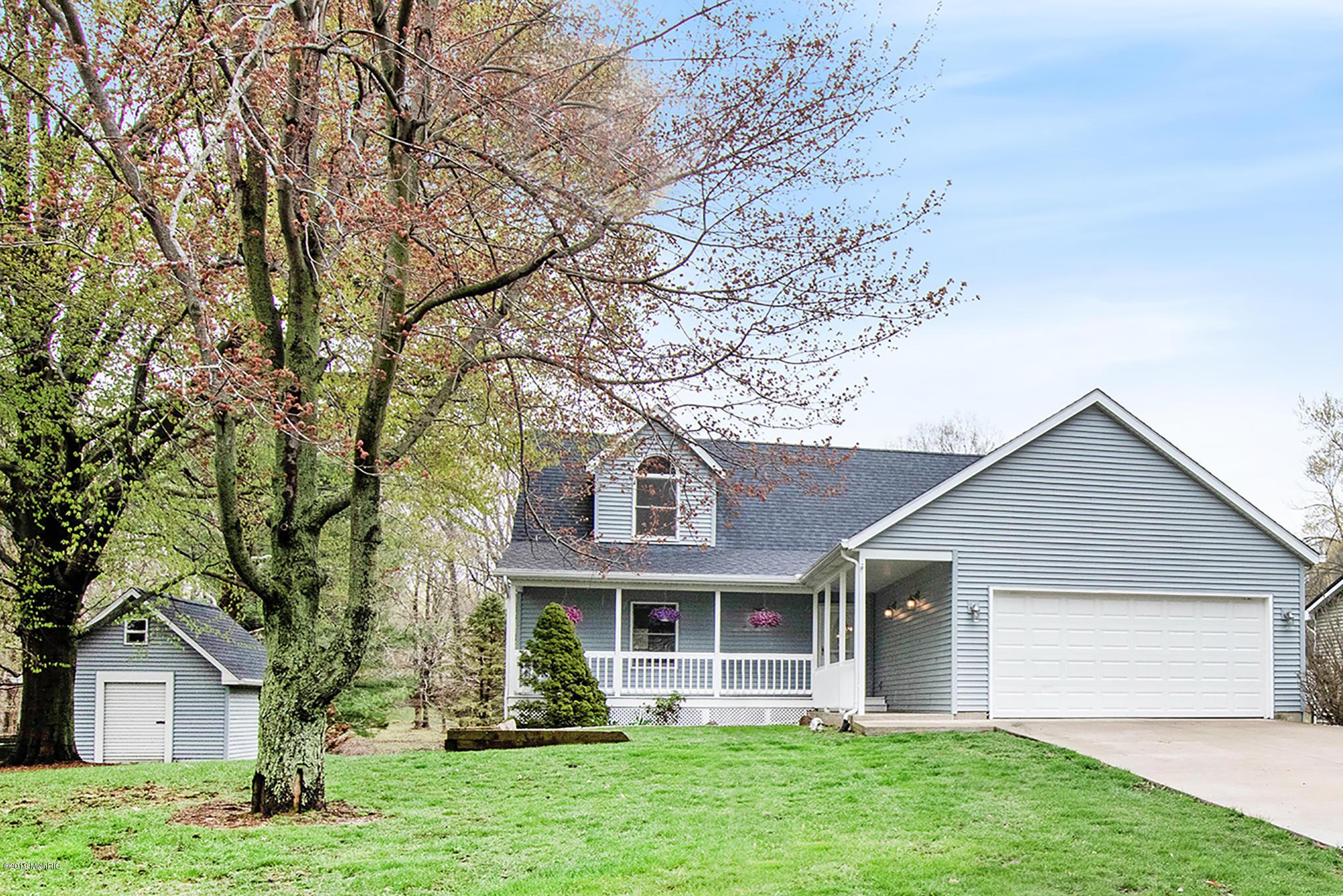 Welcome Home to 16377 Prairie Brook Rd.
