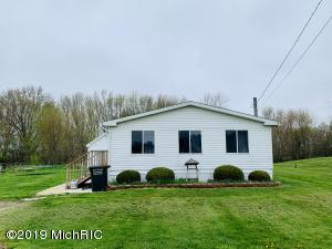 1118 E Chicago Road, Quincy, MI 49082