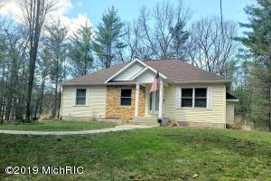 3258 E Michillinda Road, Twin Lake, MI 49457
