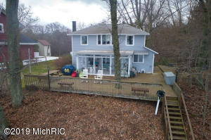 3451 N Lakeshore Drive, Holland, MI 49424