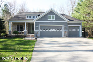 4022 Darcliff Lane, Twin Lake, MI 49457