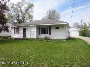 5301 Mick Avenue SE, Kentwood, MI 49548