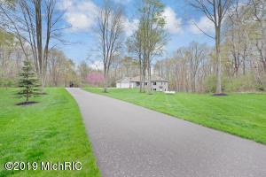 554 Boot Lake Ridge, Shelbyville, MI 49344