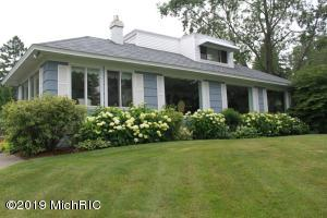 4360 Hackley Point Lane, Norton Shores, MI 49441