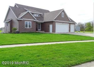 963 Red Tail Drive, Coopersville, MI 49404