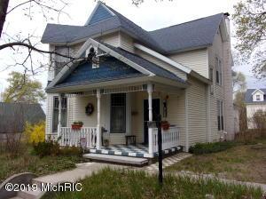 411 E Bremer Street, Cadillac, MI 49601