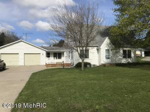 9565 N Six Lakes Road, Six Lakes, MI 48886