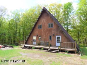7133 Johnson Road, Coloma, MI 49038
