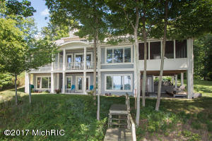 20055 Lake Shore Drive, South Haven, MI 49090
