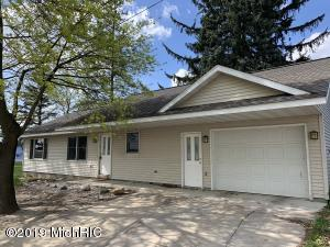 110 W Mitchell, Lake City, MI 49651