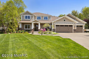 5299 S Pine Slope Court SW, Wyoming, MI 49519