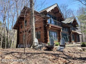 6007 S Scenic Drive Home/Guest House, New Era, MI 49446