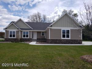 11325 Hampton Court, Stanwood, MI 49346