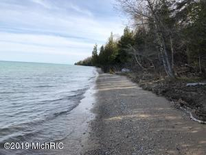 East Side Drive Lot 16, Beaver Island, MI 49782
