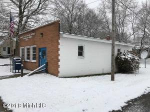 382 W Fenwick Road, Fenwick, MI 48834