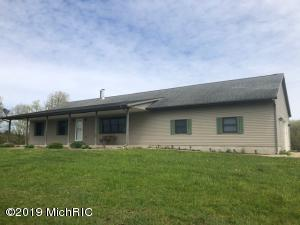 4774 N Morse Road, Fountain, MI 49410