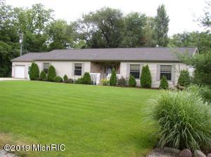 896 Laurel, Colon, MI 49040