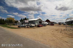 2345 S Green Road, Lake City, MI 49651