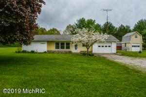 13087 US-223, Manitou Beach, MI 49253
