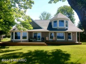 1695 S Speer, Ludington, MI 49431