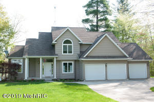 6772 Bayview Court, Lakeview, MI 48850