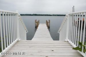 680 Terrace Point Drive Site 19, Muskegon, MI 49440
