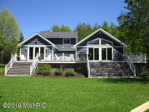 6424 144th Avenue, Holland, MI 49423