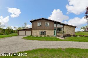 17830 15 Mile Rd, Big Rapids, MI 49307