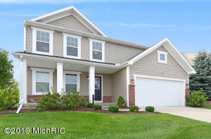 Stock photos - Pictures not of actual home, but of home with similar floor plan. Colors, styles, finishes and elevation may vary Home under construction will have a 3 car garage.